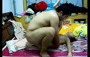 Chinese legal age teenager couple having sex on xcamvidz.net