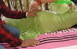 Bhabhi ne room me bulakar devar se chudai karwai