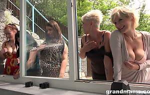 Alice Shark, Gaby, Hanna, Yvette, Irenka S - Gym orgy