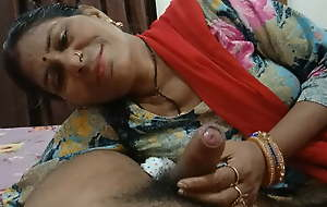 Desi girl sucking a heavy dick