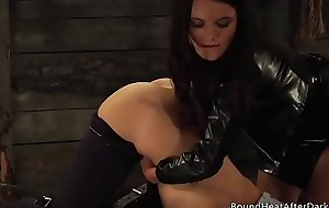 Subs Homecoming: Blooper Trouble Toute seule Natural Busty Teens