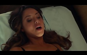 Aubrey Plaza - Sexy space fully having sex round old man in Dirty Grandpa (uploaded wits celebeclipse.com)