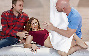 Natasha Nice & Johnny Sins as one sees it Treatment - BrazzersNetwork