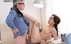 Sexy brunette student sits down on a hard dick of her teacher about alongside him many diverting moments and total sex satisfaction. Sure, that babe hopes about get something in return.