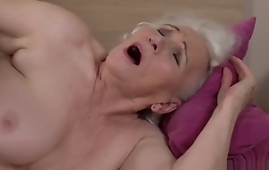 Grandma porno star Norma fucking a old bean 2.