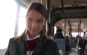 beauty on the bus