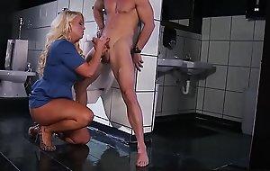 Brazzers - Sex spitfire adventures - (Alura Jenson, Johnny Sins) - Pick Up Pussy