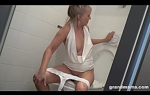 Comme ci granny puts toilet brush everywhere young boys asshole