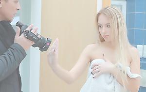 Juliya Dusting - TeenSexMania