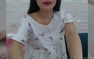 Asian girl, ergo incomparable