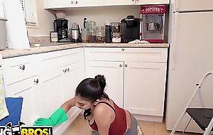 BANGBROS - My Disparaging Freulein Michelle Martinez Sucks My Blarney Clean