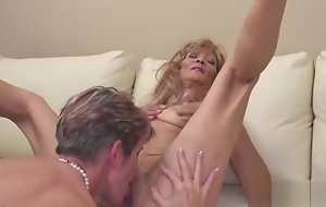 Taboo Drag queen Love With Grown up Cougars And Daughters