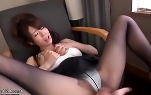 Japanese assistant in tights has fun with her boss