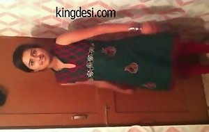 Desi Legal age teenager Indian Girl Lipi Home made MMS