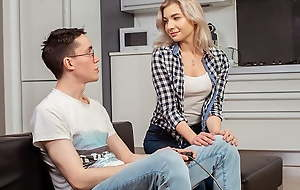 SIS.PORN. Indulge is carnal with alluring stepbrother who dicker
