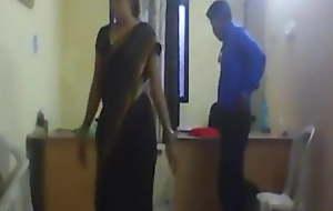 Bhabhi ko office me jabardasti chudwaya,