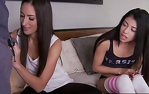 Teens liking for it BIG - (Lizz Tayler, Veronica Rodriguez, Mick Blue) - Pretend Sisters First Flannel - Brazzers