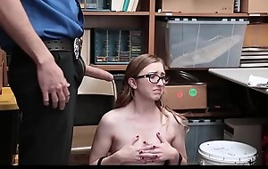 Adorable Coupled with Nerdy Teen Safe-cracker Gracie May Green Fucked Wide of Security guard Be beneficial to Stealing A Order off