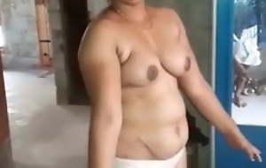 Kerala desi, hot establishing girl showcases her stripped body, audio
